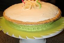 Desserts -- Pies / by Julie Gleed
