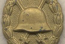 Uniformes Armas Medallas y Condecoraciones historicas