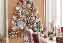 Christmas decor and decorations / Unashamedly obsessed with these; the more the better!