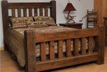 tchýně postele