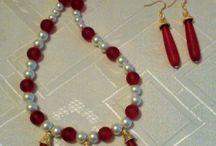 Beaded Necklaces / Beaded necklaces, beaded sets.