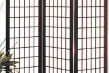 Asian Screens / These screens vary from simple plain designs to colorful exquisite ones.