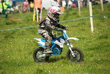 KIDS / Diseñadas para niños desde los 3 hasta los 9* años.  Las series T, E y S de Torrot Electric son motocicletas ideales para iniciarse en la práctica offroad de Trial o Enduro