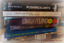 Book spine poetry / Fun poetry using book titles