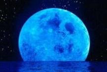 Moon / by Margarita Gomez