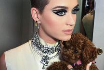 katy perry con el Pelo más corto