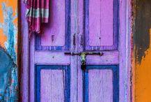 Türen / Patricia ist ein heimlicher Fan von schönen Türen. Wenn es irgendwann mal ein kaiserliches Haus gibt, dann ist die Tür bestimmt nicht 0815. Bis dahin sammelt sie hier fleißig Inspirationen von Türen aus aller Welt.