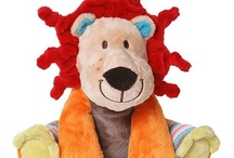Plush Toys / A variety of cute stuffed plush toys for kids (and adults) / by What A Jewel