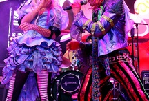 Down the rabbit hole to Mad T