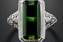The Art of Art Deco / I would love to have been a 20 something lady in the 1920's!  I really like everything Art Deco!