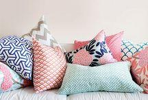 kolory poduszek - salon