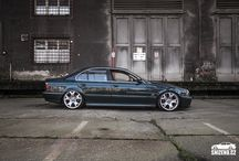 Stanced BMW E39 528i on 20""