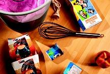 Как сделать йогурт при помощи грелки / Во время зимних холодов хочется сделать две вещи: завернуться в теплое и съесть что-нибудь полезное. Грелка - механизм, который одновременно способен производить и тепло, и гастрономическую пользу.