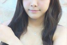 Son Na Eun (손나은)