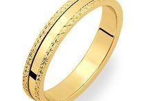 Alliances / Symboles de tendres promesses millebijouxparis.com offre un large choix d'alliances or,argent,platine et diamant.