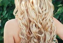 Beach Wedding Hair Ideas / Beautiful beach wedding hair ideas, up-dos and beach wedding hair accessories.