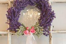 wreaths & arrangements
