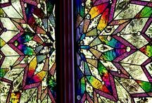 /\Stained-glass Window/\