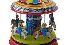 Blechspielzeug / Blechspielzeug zum Aufziehen. Dekorativ und nostalgisch.