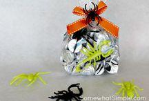 Snail Mail: Halloween/Horror themed. / by Jessie Ward