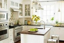 pretty kitchen / by Tonya Pacanins