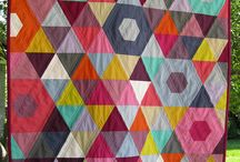 EASY QUILTS - TRIANGLES / by Pamelita Carmasweeta