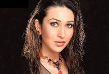Actress Karisma Kapoor HD Wallpaper   Famous HD Wallpaper
