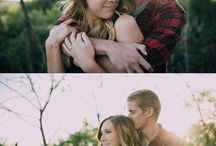 Engagement Photo Ideas / Engagement photo tips, ideas and inspiration.
