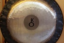 Planetary Gongs / Planet Gongs are rich in overtones and undertones, tuned to a natural harmonic series based on the orbital properties of the Earth, Moon, Sun and Planets. All of these gongs resonate in harmony with the celestial bodies.