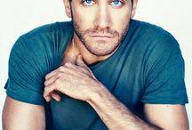 Jake Gyllenhaal / Beautiful deep blue eyes!  Yummy!