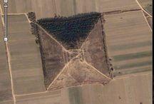 PIRÁMIDES DEL MUNDO / Durante CIENTOS DE MILES de años, las civilizaciones más avanzadas, en sus etapas trascendentales construyeron pirámides. Un misterio que hemos resuelto hace décadas.