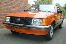 OPEL REKORD A-B-C-D-E♥♥♥♥ / Der Rekord-was hat Opel früher für tolle Autos gebaut. Eine Modellreihe mit Gesicht und Charakter. Und speziell der E-Rekord ist nicht tot zu kriegen. Schade das solche Wagen nicht mehr gebaut werden.
