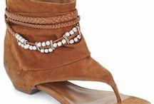 Tong boots / by Magali Meunier