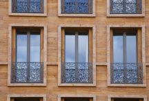 Brüstungsgeländer Fenster