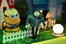 Festa Os Minions / Festa de aniversário em buffet infantil lúdico na Zona Leste de São Paulo. Decoração de mesa temática do Meu Malvado Favorito com os Meninos, um dos filmes de desenhado animado mais queridos do momento! As crianças adoram os Minions!