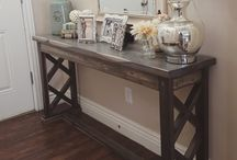 Entryway / Tables, storage