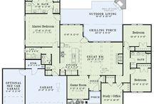 Floor Plans / by Roma Willis