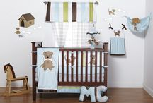 Sweet Peaches Bedding and Accessories / by Amy Pugmire