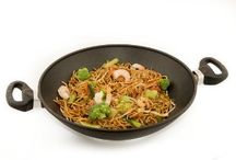 Stir Fry Without Oil / Stir Fry Without Oil using our titanium Wok. Even heat distribution allows the high edges of the pan to be as hot as the base. Wok without oil!