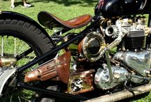 Triumph bobber / Customised Triumph