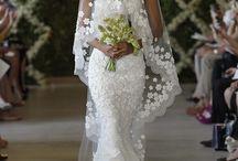 Beautiful  Wedding Dress!! / by Coco Channel
