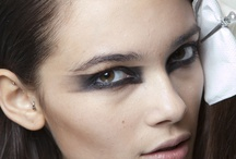 Make-Up / by Fabienne Gal