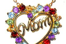 Mother's Day Gifts / great gifts for Moms, Aunts, Grandmothers, Step-Moms