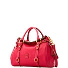 Handbags... / by Oz Dust Designs