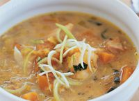 Soups, chowders and chilli / by Christa