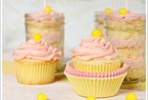 Cupcakes! / by Sophia Medina