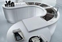 Kuchnia futurystyczna / Płynne kształty, fascynacja nauką, technologią przyszłości