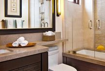 2nd floor bathroom / by Elizabeth Civitci