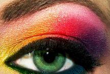 Make-up / by Nina Cerro