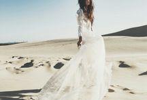 Wedding inspiration / www.atdusk.com.au #meribee #meribeeweddings #summerlees #summerleeswedding #bowral #bowralweddings #southernhighlands #southernhighlandsweddings #theboathouse #theboathousewedding #palmbeachweddings  #sydneyweddingphotography #sydneyweddingphotographer #sydneywedding #byronbayvenues #byronbayphotographer #spell #graceloveslace #hellomay #weddingphotographer #weddinginspiration #byronbaywedding #weddingdecor #weddingflowers #destinationwedding  #weddingceremonyideas